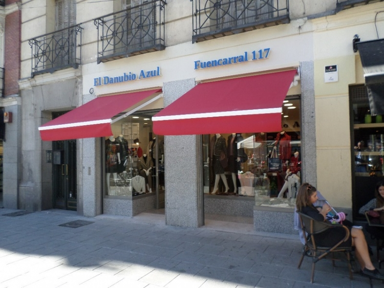2015 Madrid, Local Comercial Fuencarral 117.