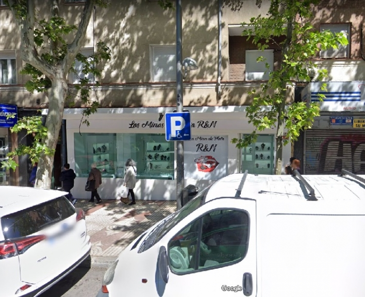 2018 Madrid, Local Comercial Alcalá 325.
