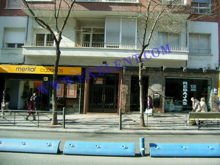 2006 Madrid, Local Comercial Bravo Murillo 213.