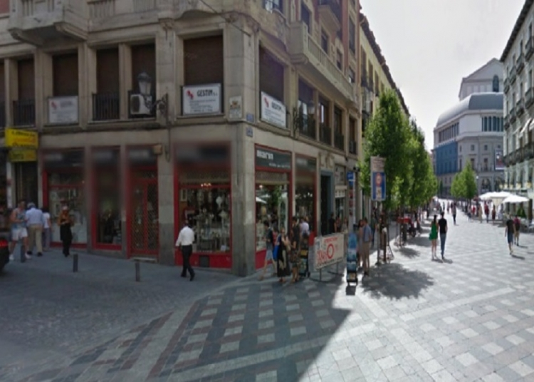2005 Madrid, Local Comercial Arenal 21