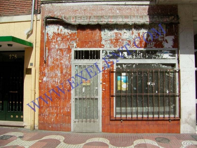 2005 Madrid, Local Comercial Bravo Murillo 277.