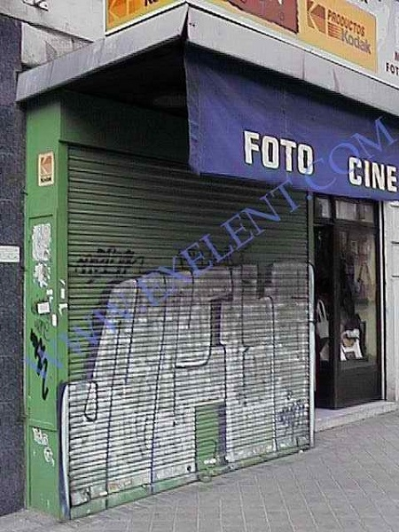 2004 Madrid, Local Comercial Doctor Esquerdo 12.