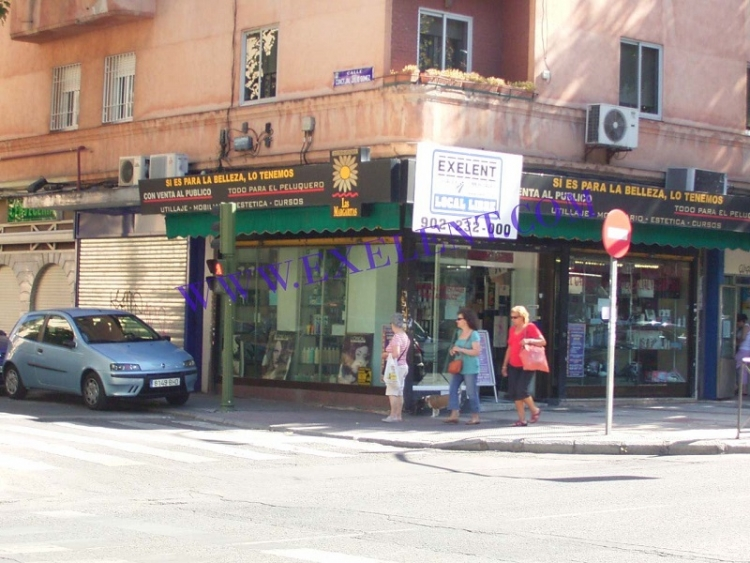 2004 Madrtid, Local Comercial Alcalá 323.
