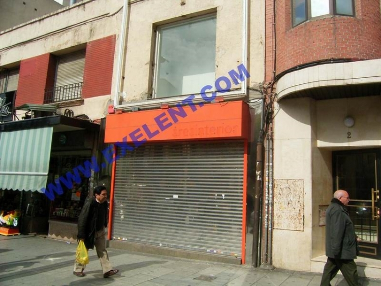 2000 Madrid, Local Comercial Monte Igueldo 4.