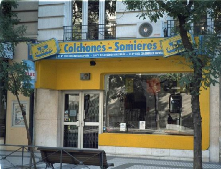 1998 Madrid,  Local Comercial Alcalá 70.