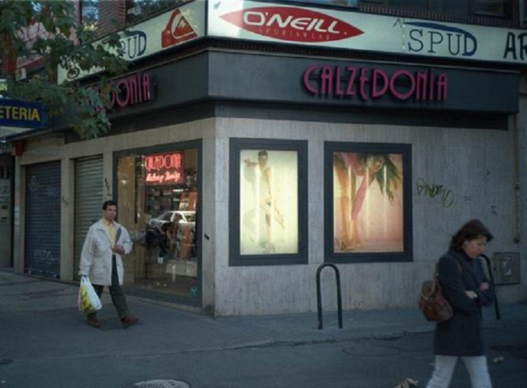 1998 Madrid, Local Comercial Alcalá 404.