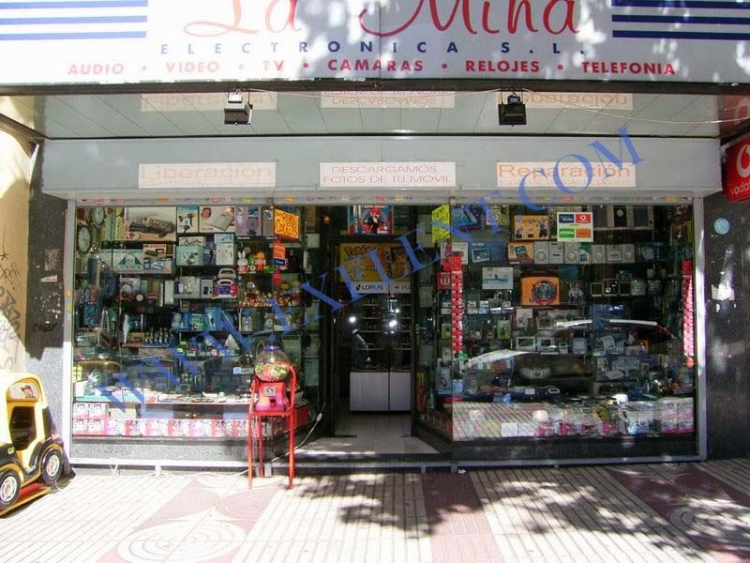 1997 Madrid, Local Comercial Alcalá 327.