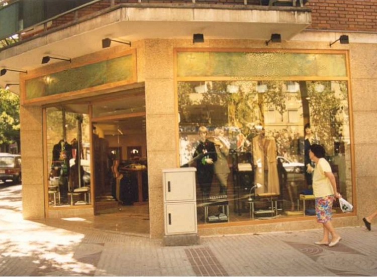 1997 Madrid, Local Comercial Alcalá 294.