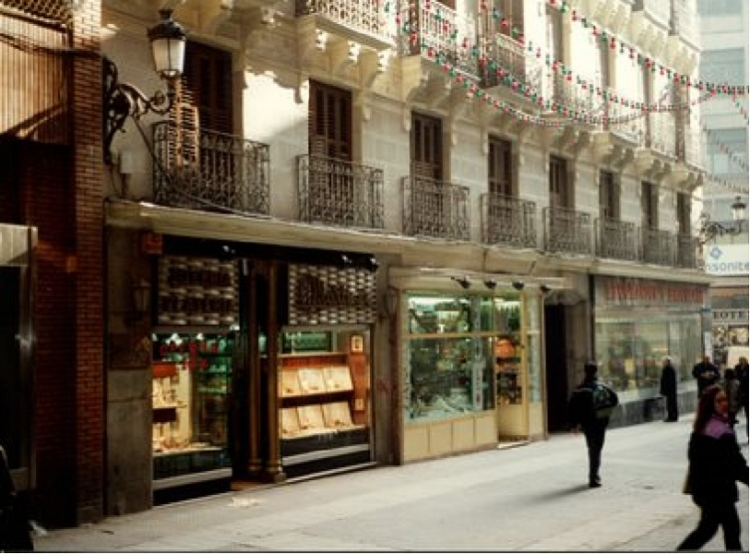 1996 Madrid, Local Comercial Carmen 26.