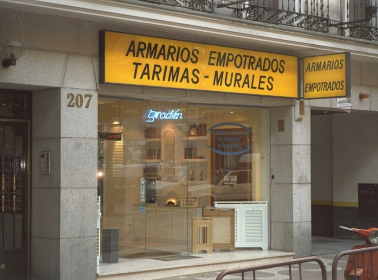 1993 Madrid, Local Comercial Bravo Murillo 207.