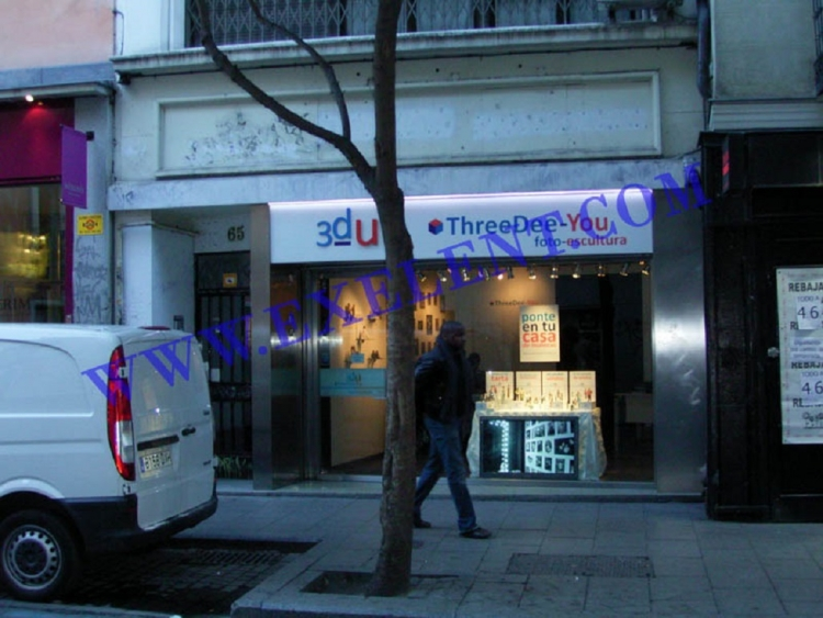 2010 Madrid, Local Comercial Fuencarral 65.
