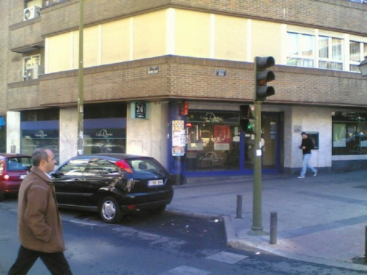 2010 Madrid, Local Comercial La Oca 69.