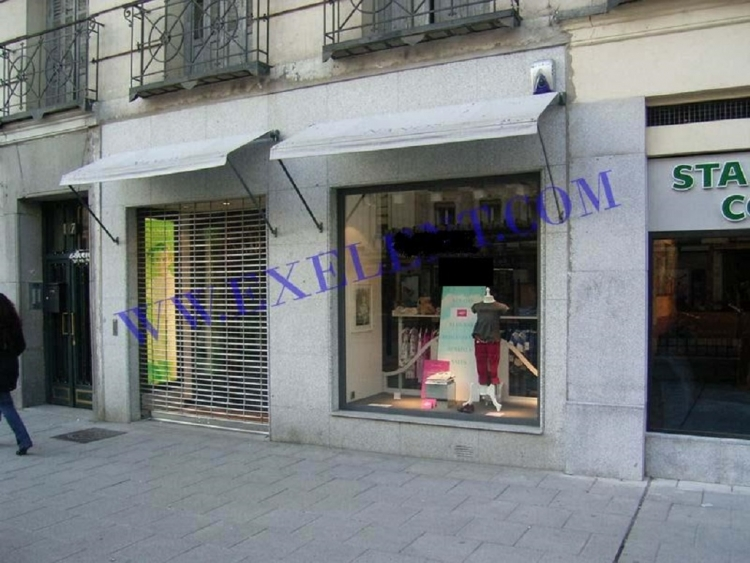 2007 Madrid, Local Comercial Fuencarral 117.